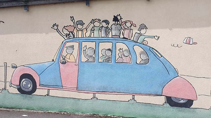 Street art on the road to Rouen (there's a pun there somewhere!)