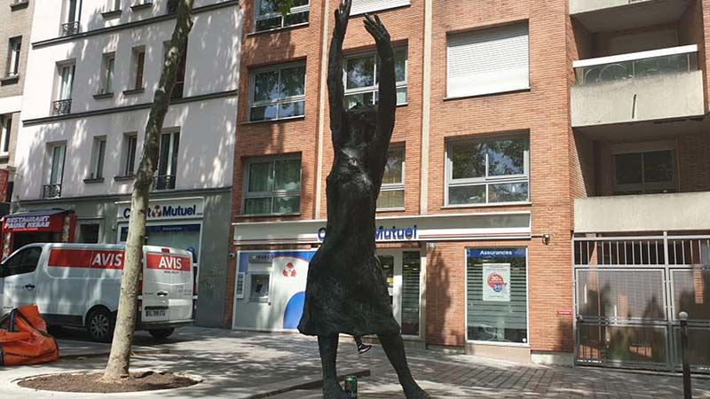 Statue of the French singer and national treasure, Edith Piaf. Known as the Little Sparrow she could belt out a tune with raw, punch the heart gusto