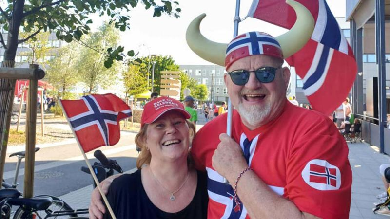 Vikings in town! Per and Marit cheering on the 6 (yes 6!) Norwegians cyclists on Stage 4 of the Tour de France
