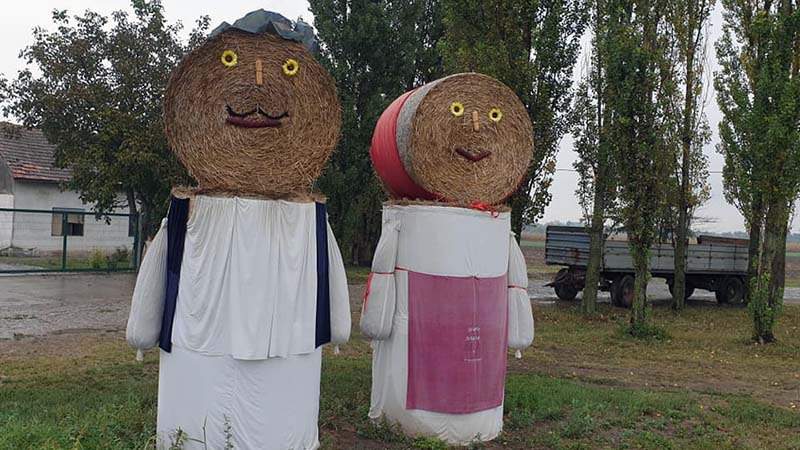 A man and woman of straw in south Hungary